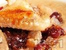 Снимка на рецепта Печено пиле с бекон и вишни